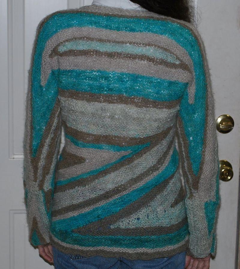 Triangle sweater back